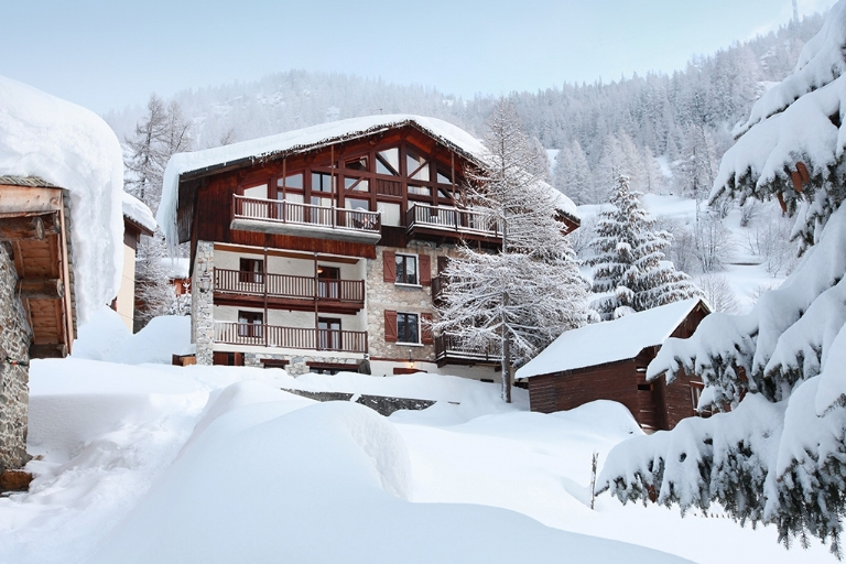Stay in a Characteristic Chalet in the Heart of the Action