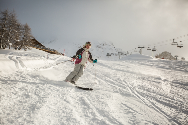 How do Skiers Reduce Friction?