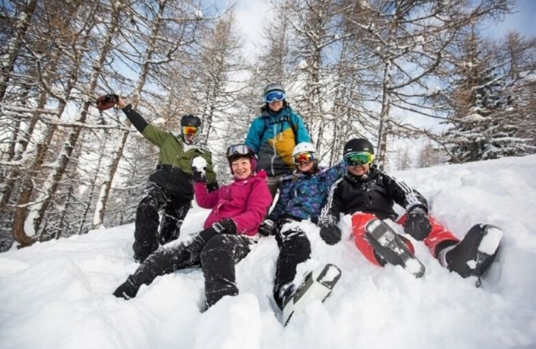 Parent's Guide to Sending Kids Off on a School Ski Trip