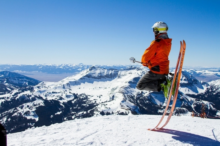 9 Fun Facts About Skiing