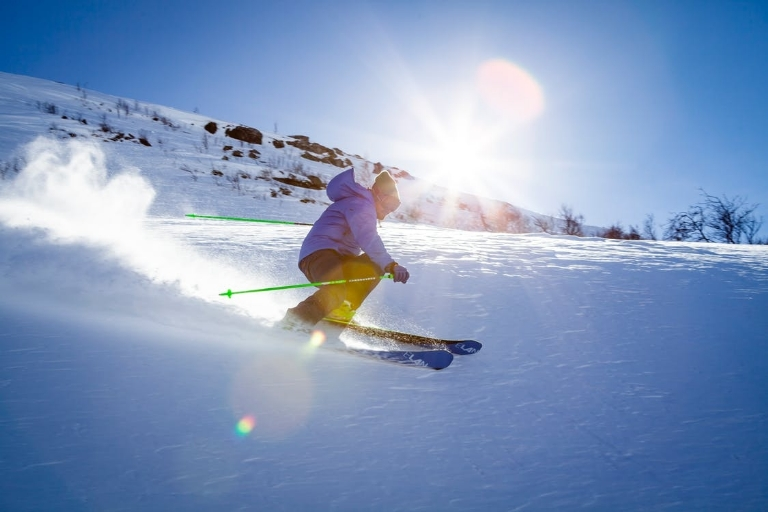 6 Reasons Why Skiing Should Be Your New Year's Resolution