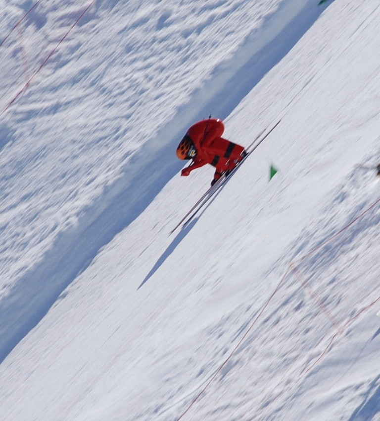 World's Fastest Ski Race Track Event Wows Crowds with Speeds