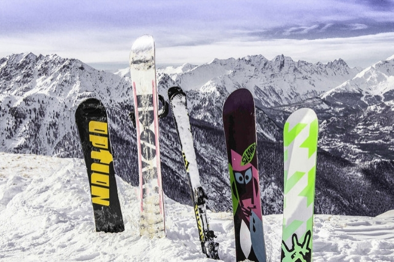 Quick Tips for Picking the Right Snowboard for You